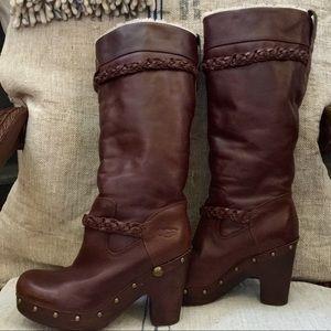 UGG Savanna Leather and Sheepskin Boots